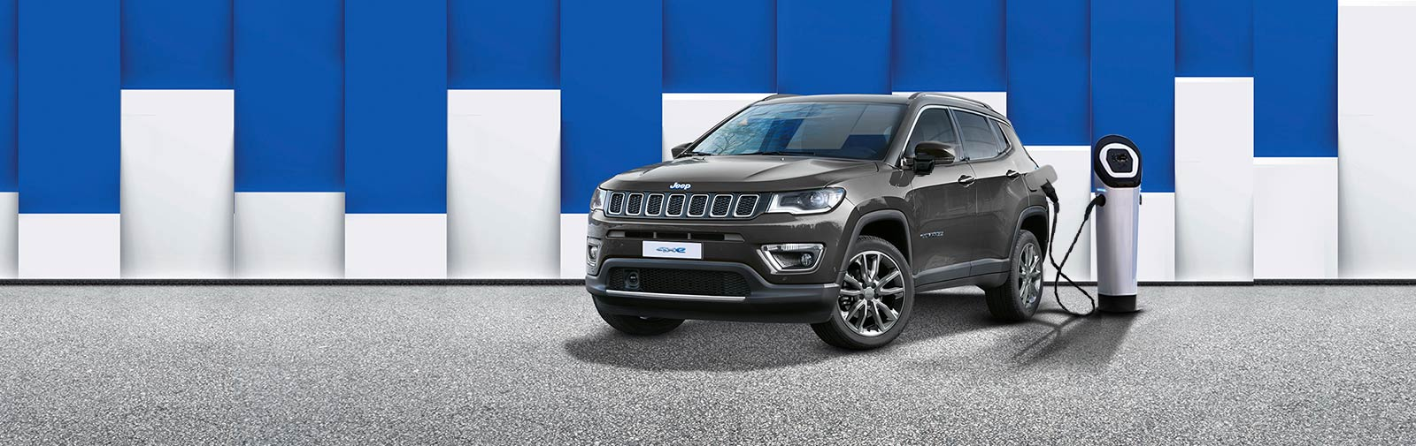 DER JEEP<sub>&reg;</sub> COMPASS 4xe PLUG-IN-HYBRID
