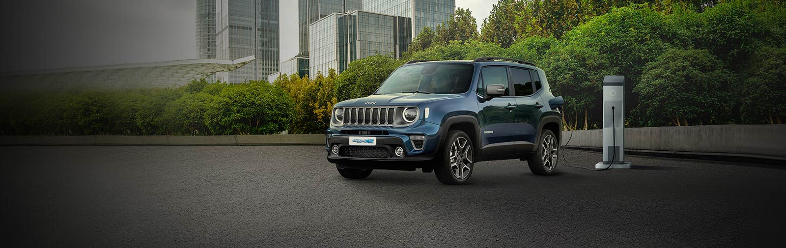 JEEP<sub>&reg;</sub> RENEGADE LIMITED 4XE PLUG-IN-HYBRID